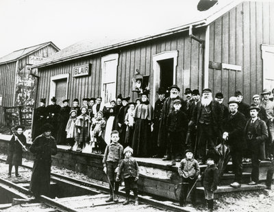 Blair GTR station crowd 1898