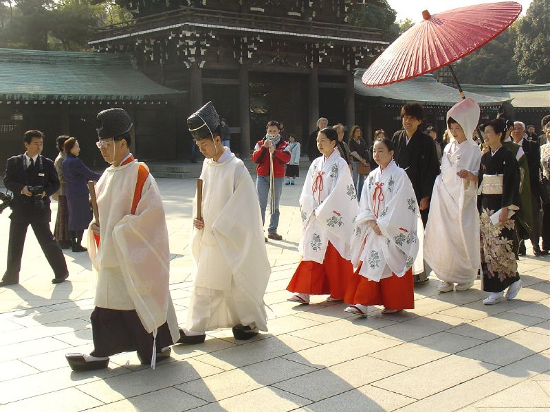 Traditional wedding at Meji-jingu 72570539 f30636e2ef o
