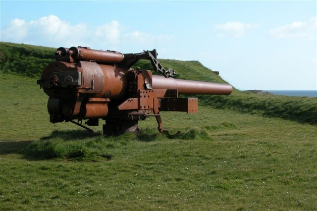 British gun, skansin (Faroe Islands)