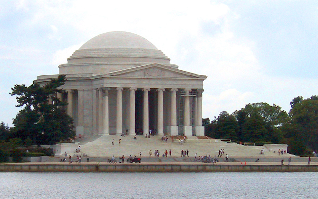 Jefferson Memorial building and reflecting pool