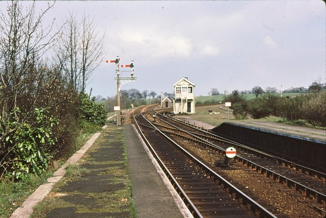 Westerfield junction and signalbox 1979 - geograph.org.uk - 811996