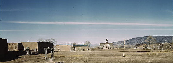 Costilla NM Plaza 1943