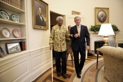 George W. Bush and Nelson Mandela - walking - Oval Office - May 17 2005