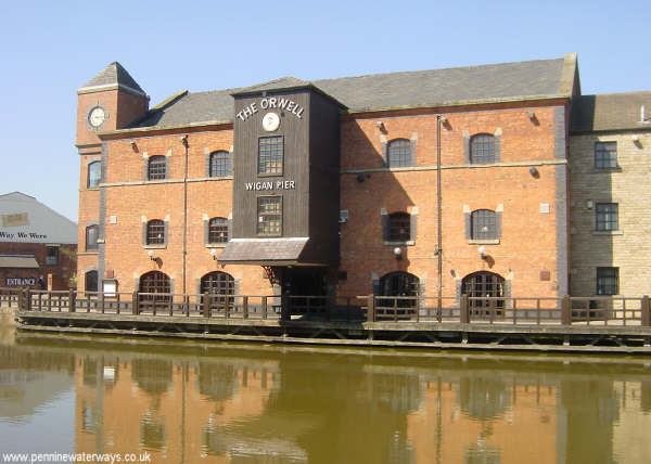 Wigan Pier - geograph.org.uk - 4175