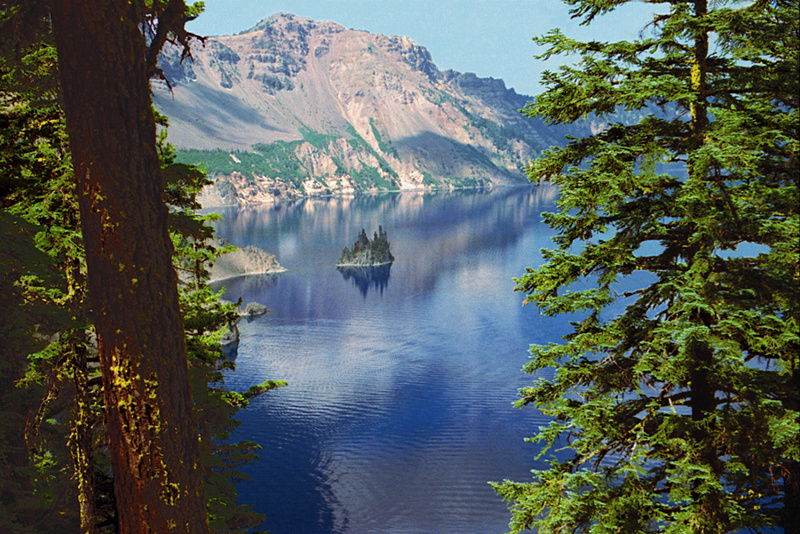 A064, Crater Lake National Park, Oregon, USA, Phantom Ship, 2002