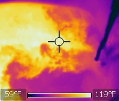 Hot and cold water immiscibility thermal image
