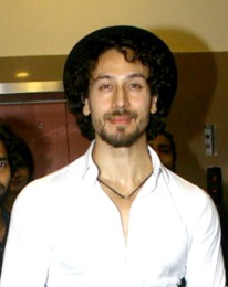 Tiger Shroff at munna michael screening