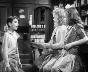 It's a Wonderful Life - George with Mary and Violet