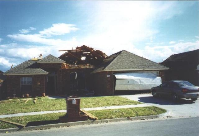 EF1 tornado damage example