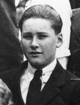 Errol Flynn at South West London College (1923)