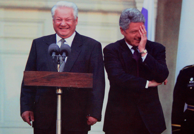 Yeltsin and clinton laughing