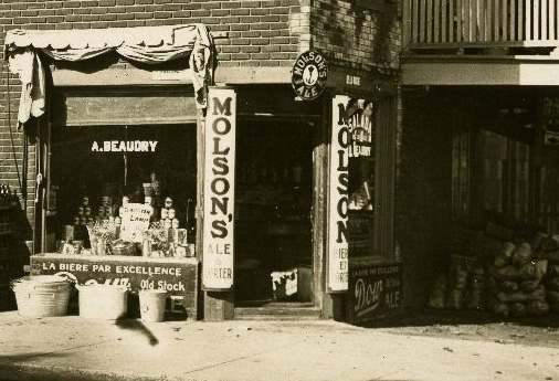 A. Beaudry magasin with Molson ad