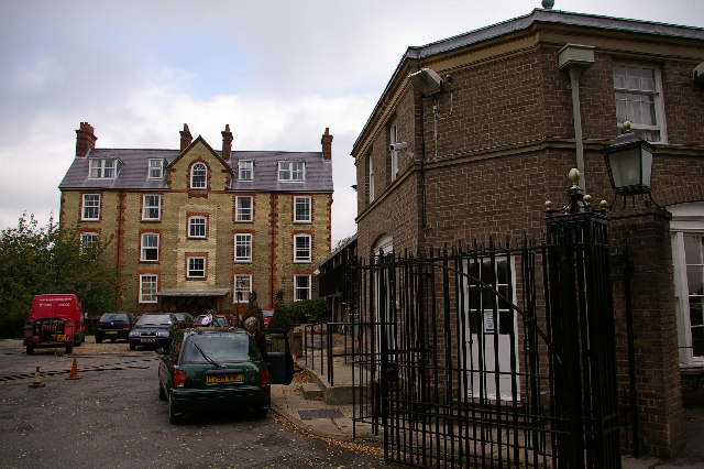 Hall building and Porter's Lodge, St. Hilda's College, Oxford