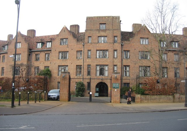 Fisher Building, Fisher Gate - Queens' College - geograph.org.uk - 712898