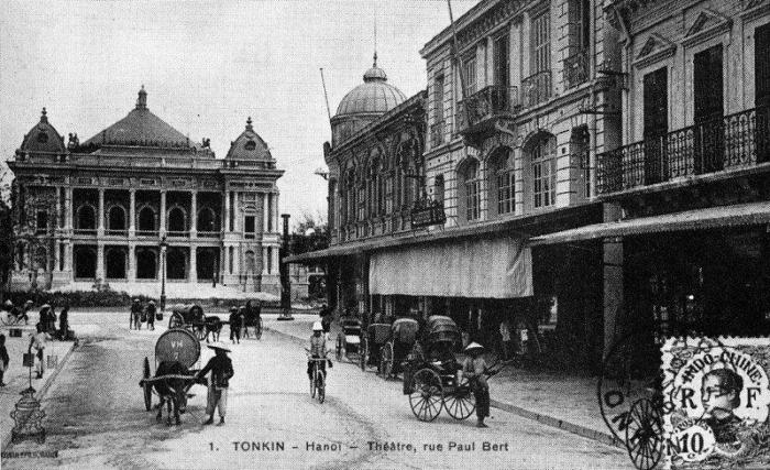 Photograph of the Hanoi Opera House viewed from rue Paul Bert (now Trang Tien Street