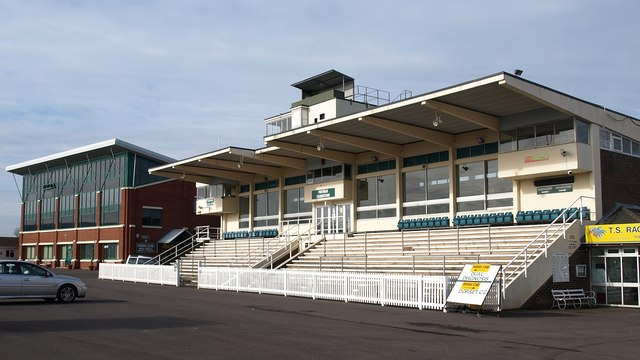 Grandstand, Taunton racecourse - geograph.org.uk - 1196101