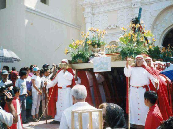 Holy Week procession Comayagua Honduras (1)