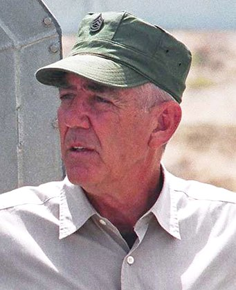 Lee Ermey crop