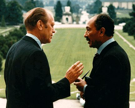 Gerald Ford with Anwar Sadat in Salzburg 1975