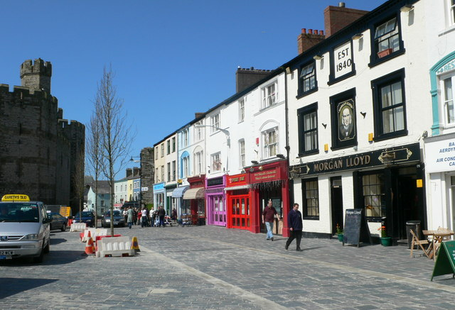 Shops on the Maes in Caernarfon - geograph.org.uk - 807785