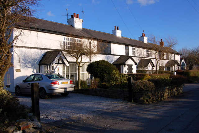 Row of Cottages at Stanah - geograph.org.uk - 130018