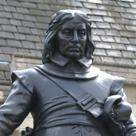 Statue of Oliver Cromwell 280 tcm4-569959