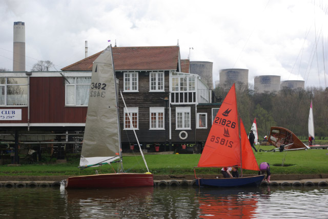 Trent Valley Sailing Club - geograph.org.uk - 762374