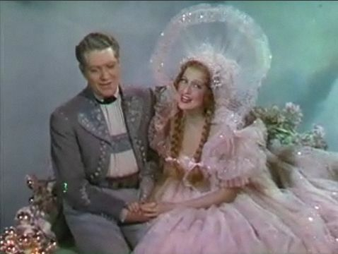Nelson Eddy and Jeanette MacDonald in Sweethearts trailer 2