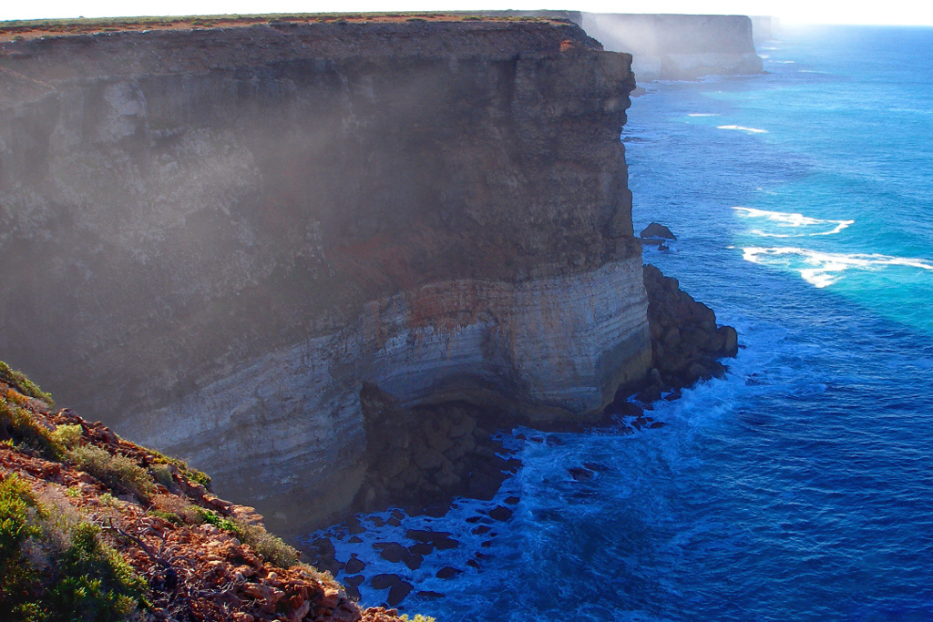 A176, Nullarbor National Park, Great Australian Bight Marine Park, Australia, 2007