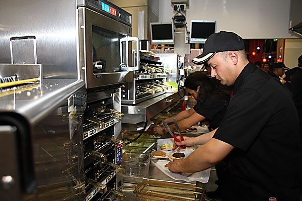 An Burger King kitchen