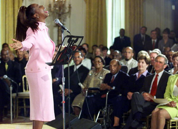 Regina Belle performs at the White House