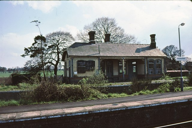 Westerfield - original station building 1979 - geograph.org.uk - 811988