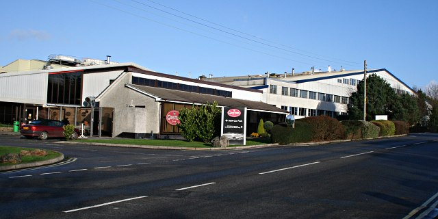 Ginsters Bakery - geograph.org.uk - 292348