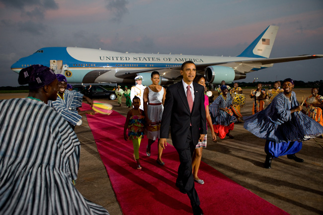 Obama family departure from Ghana