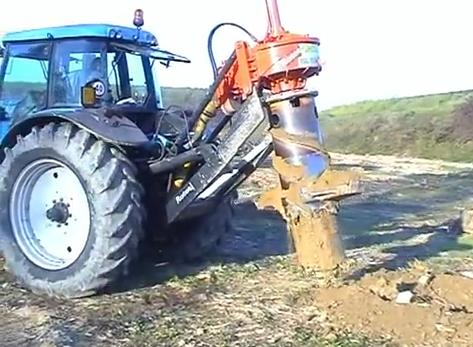Rotor stump remover recover a tree roots for a biomass central.