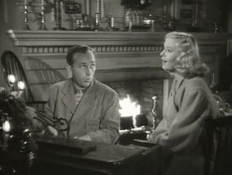 Bing Crosby-Marjorie Reynolds in Holiday Inn trailer