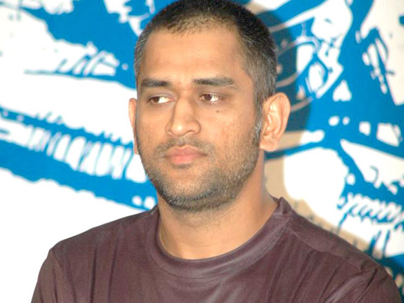 Dhoni at Reebok event