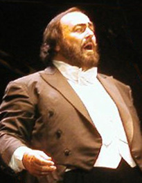 Luciano Pavarotti 15.06.02 cropped