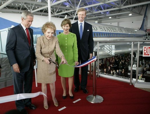 President Bush, Laura Bush and Nancy Reagan