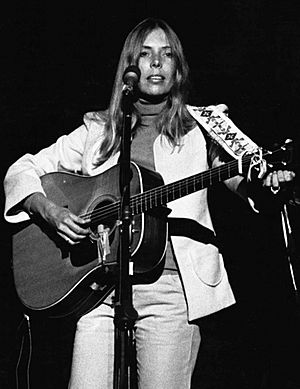 Joni mitchell 1974 cropped