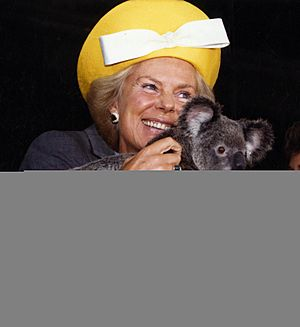 The Duchess of Kent with koala (cropped)