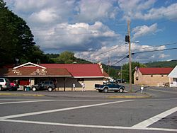 B&M Grocery, central Quinwood