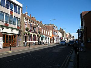 High Street, Brentwood - geograph.org.uk - 957099