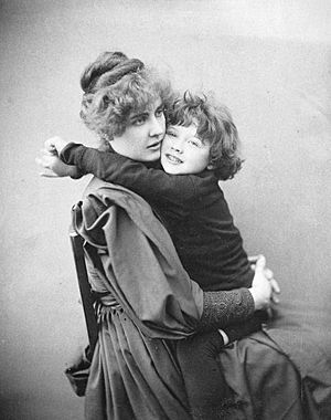 Constance Wilde with son Cyril 1889