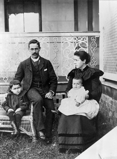 Henry Smart Harry Cribb and family at Keiraville Ipswichf