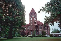 Woodruff County courthouse in Augusta