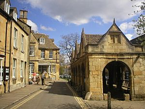 Old Market Hall, Chipping Campden - geograph.org.uk - 138692