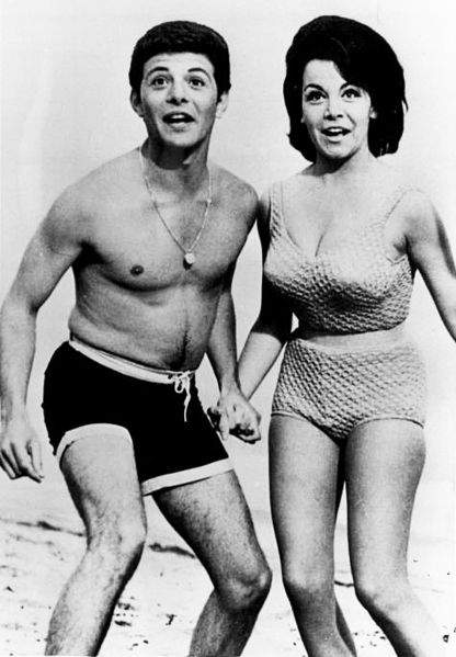 Beach Party Annette Funicello Frankie Avalon Mid-1960s