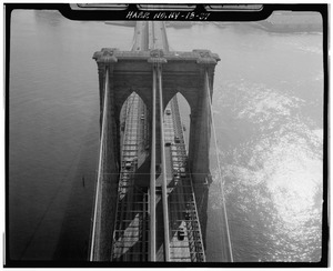 Aerial view looking down at Manhattan Tower. Jet Lowe, photographer, 1982. - Brooklyn Bridge, Spanning East River between Park Row, Manhattan and Sands Street, Brooklyn, New York HAER NY,31-NEYO,90-37