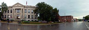 Mercer County Courthouse and downtown
